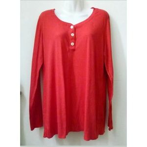 COPY - Old Navy Maternity Top Red Size L Henley S…